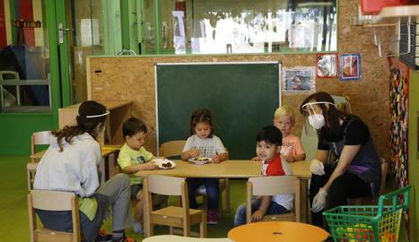 Nens ahir a l'escola bressol d'Albarés.