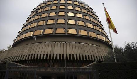 El Tribunal CoEl Tribunal Constitucional.nstitucional.