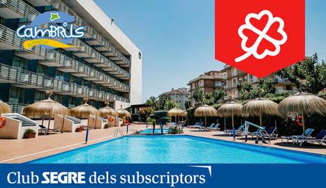 L'Hotel Sol Port Cambrils **** es troba ubicat en un entorn privilegiat de Cambrils, al passeig marítim, prop de la platja i del Club Nàutic.