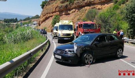 Sis ferits, un d'ells greu, en xocar dos cotxes a la C-13  Talarn