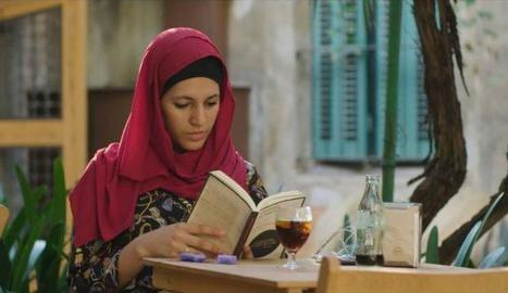 L'escriptora, activista musulmana i feminista Míriam Hatibi, protagonista del programa.