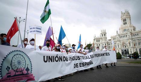 Uns 4.000 firaires es van manifestar ahir pels carrers de Madrid.