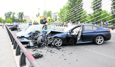 L'accident es va produir divendres cap a les 19.30 hores al pont de Príncep de Viana.
