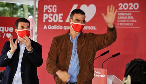 Pedro Sánchez, en un míting amb el candidat a la Xunta pel PSdeG-PSOE, Gonzalo Caballero.