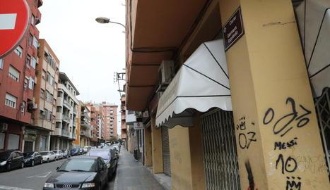 L'aldarull es va produir fa set dies en aquest carrer de la Mariola.