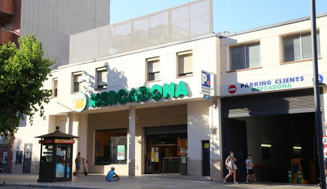 Mercadona està reformant el supermercat de Pardinyes.