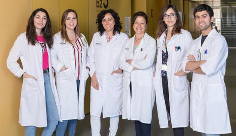Fotografia del grup d'investigació Unitat de Senyalització Neuronal de l'IRBLleida.