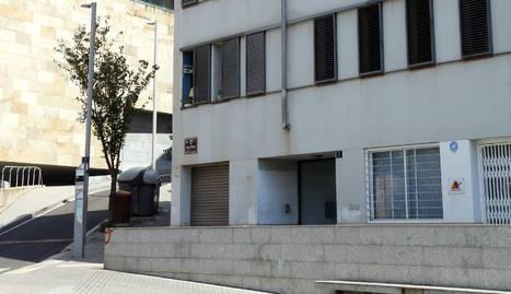 El bloc de pisos de Lleida on s'ha detectat un brot de coronavirus entre els veïns.