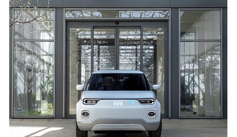 """En paraules del jurat, aquest cotxe """"destaca pel seu innovador concepte modular i l'ús excepcional de colors i materials""""."""