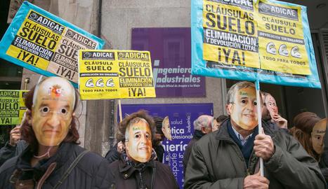 Foto d'arxiu d'una protesta contra les clàusules terra.