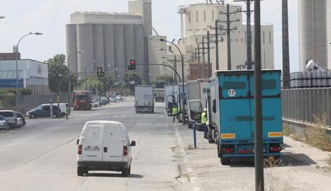 Els polígons de la ciutat de Lleida mantenen l'activitat amb pràctica normalitat.