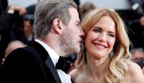 Travolta i la seua dona, Kelly Preston, en un festival de cine.