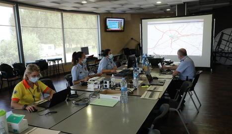 El centre de control de Mossos instal·lat a l'àrea de servei de Vila-sana.