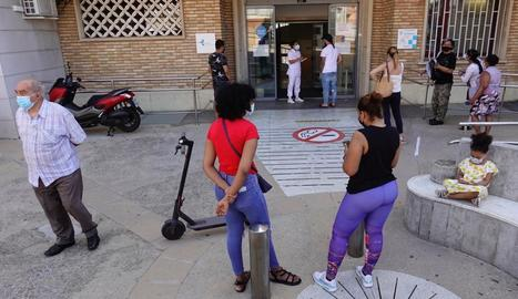 El barri de la Torrassa és un dels tres més afectats i en els quals es recomana no sortir.