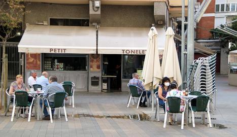 Pla general del bar Petit Tonelet, de la Zona Alta de Lleida, aquest dimecres