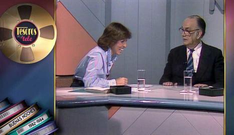 Mercedes Milà entrevista Camilo José Cela a 'Buenas noches'.