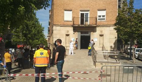 Expectació per una incidència elèctrica al CUAP de Prat de la Riba