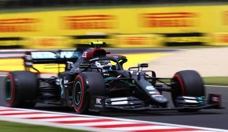 Els Mercedes van tornar a copar les dos primeres posicions de la graella de sortida.