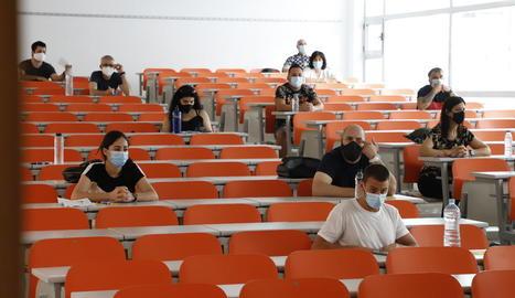 El Campus de Cappont va acollir ahir les proves d'accés per a majors de 25 i 45 anys.