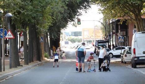 Carrers per a vianants i ciclistes els caps de setmana
