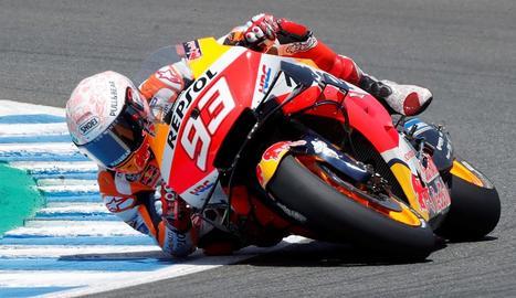 Marc Márquez té una caiguda a Jerez i serà operat aquest dilluns