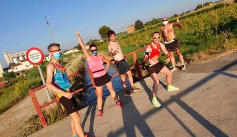 Un grup d'atletes que hi va participar ahir.