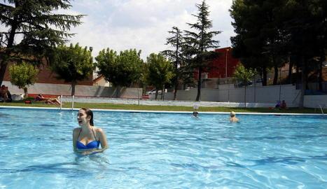 Satisfacció entre els veïns de tres municipis del Baix Segre per l'obertura amb restriccions de les piscines municipals