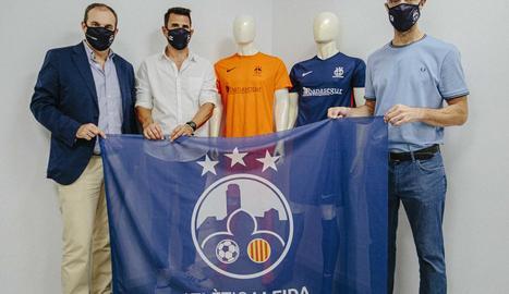 Xavier Batalla, president del club, amb Carles Claramunt i Txema Alonso, de l'estructura tècnica.