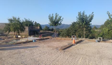 Les obres de la nova àrea per estacionar les autocaravanes.