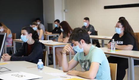 Alumnes durant la selectivitat a la UdL el passat dia 7.