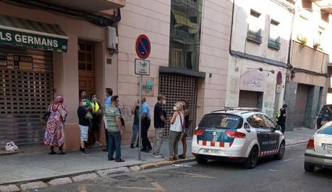 La PAH difon un desnonament d'una família al carrer Pallars