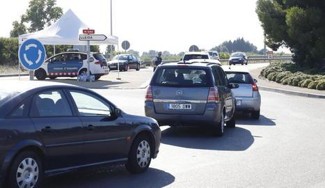 Un control dels Mossos d'Esquadra a l'entrada de Lleida, diumenge passat 19 de juliol.