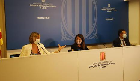 Les conselleres Vergés i Budó van explicar ahir a Lleida la relaxació de les mesures del Segrià.