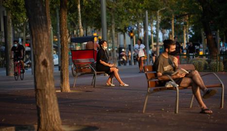 En total ja són setze els municipis de l'àrea de Barcelona en els quals s'apliquen restriccions.