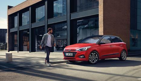 Hyundai ha llançat l'edició especial Drive & Skate, que inclouen un patinet elèctric de regal amb la compra d'un i20 5P 1