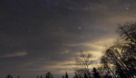 La pluja d'estrelles va començar a veure's a mitjans de juliol i es prolongarà fins a finals d'aquest mes.