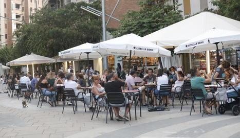 Fins avui només han pogut obrir aquells restaurants i bars de Lleida i sis municipis amb terrassa.