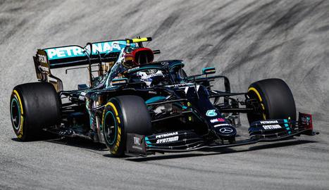 Valtteri Bottas va dominar la sessió matinal i Hamilton no va poder superar el seu temps a la tarda.