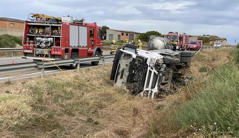 Imatge d'una de les motos implicades en l'accident a l'A-2.