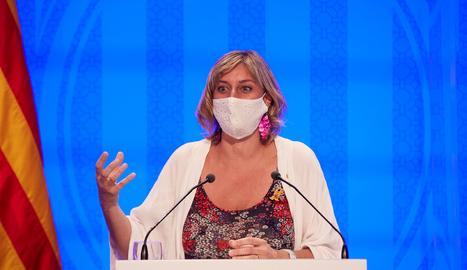 La consellera de Salut, Alba Vergés, durant la roda de premsa després de la reunió extraordinària del Govern.
