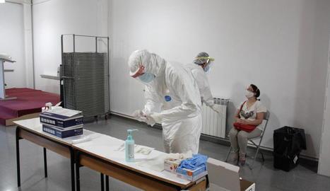 La unitat mòbil instal·lada a Alcarràs va efectuar 380 PCR i 64 tests serològics.