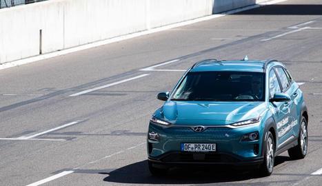 El desafiament consistia que amb una sola càrrega de bateria, cada cotxe hauria de ser capaç de recórrer més de 1.000 km.
