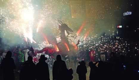 Imatge d'arxiu del correfocs de l'any passat a les Festes de Tardor.