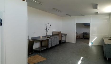 L'interior del nou obrador ubicat a Bellaguarda.