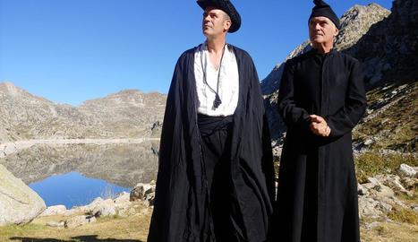 El cineasta Albert Naudín roda aquests dies als estanys de la Vall Fosca imatges per al seu nou film sobre Verdaguer al Pirineu.