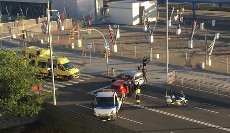 Quatre ferits en una aparatosa col·lisió a Príncep de Viana