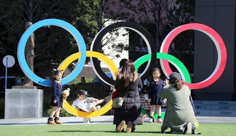 La majoria dels japonesos prefereix que la cita olímpica torni a ajornar-se.