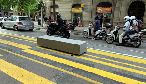 La fiscalia investiga els blocs de formigó que Barcelona va col·locar en alguns carrers