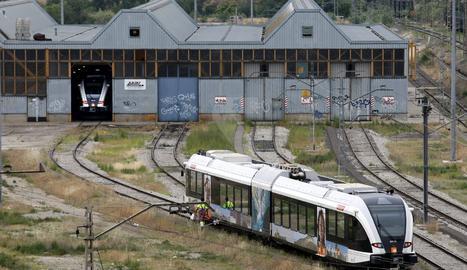 El comboi reparat està estacionat al Pla de Vilanoveta de Lleida