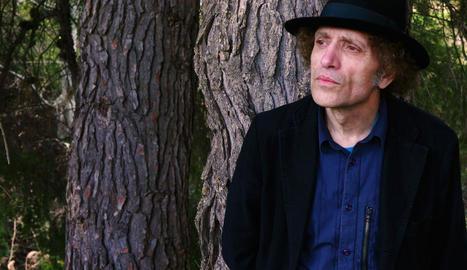 El cantautor d'Almacelles Xavier Baró presentarà avui a Lleida els temes de 'La veu de la muntanya'.